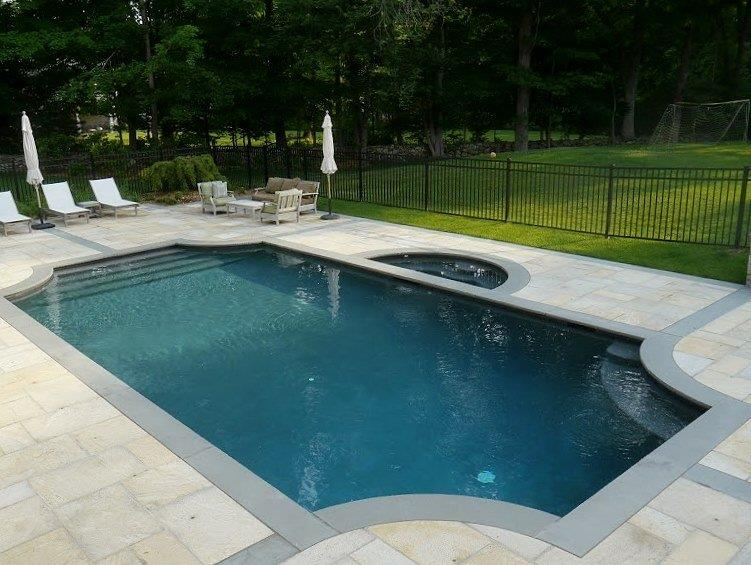 camilla-pool-above