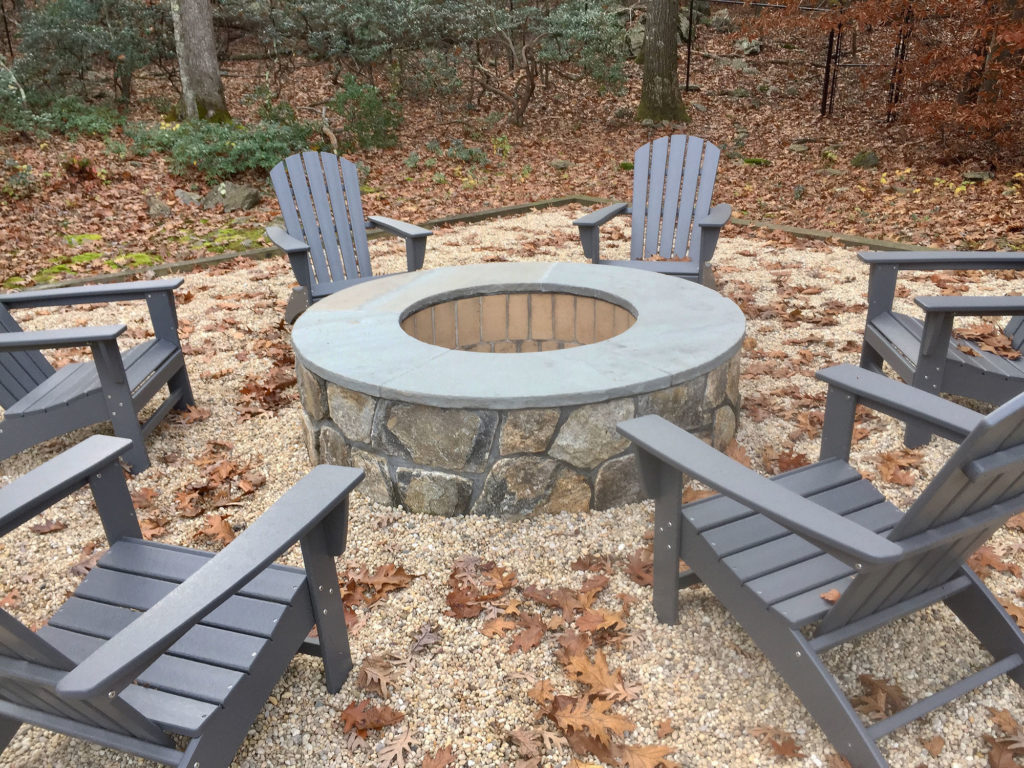 custom-outdoor-firepit-stone